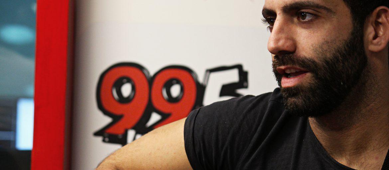 אליעד נחום. צילום: רדיו 99.5 חם אש